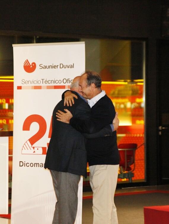 https://www.saunierduval.es/images/sobre-sd/noticias-1/25-aniversario-dicoman/galeria/mg-0819-875205-format-3-4@570@desktop.jpg