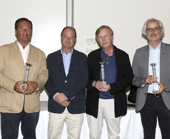 https://www.saunierduval.es/images/sobre-sd/noticias-1/campeonato-golf/golf-premios-776172-format-flex-height@690@desktop.jpg